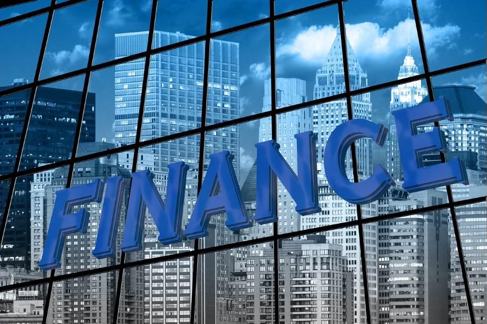 אפשר לשלם פחות. כסף|צילום: אתר pixabay.com