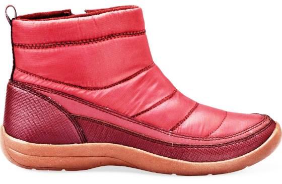 נעליים נטולות עור. איזי ספורט|צילום: ירון ויינברג