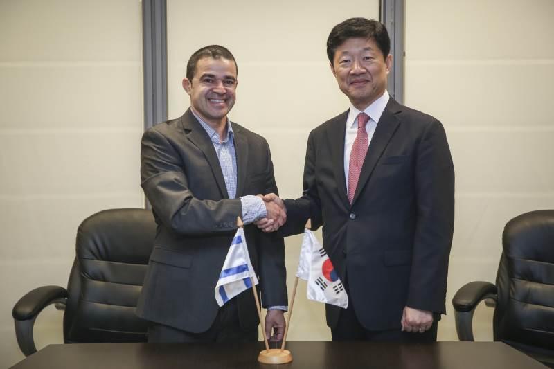 """ישראל ודרום קוריאה הכריזו על פתיחת מו""""מ להסכם אזור סחר חופשי"""